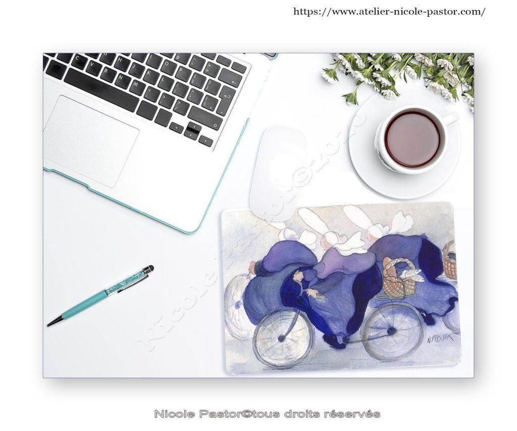 tapis de souris humoristique avec Bigoudènes à vélo
